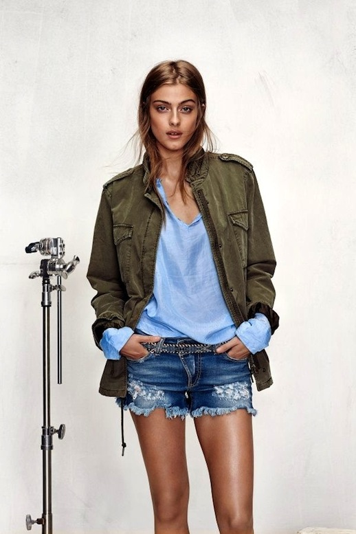 6-Le-Fashion-Blog-15-Ways-To-Wear-A-Green-Army-Jacket-Blue-Shirt-Cut-Off-Jeans-Shorts-Honky-Dory-Lookbook